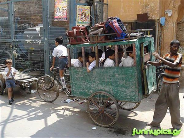 Σχολικό Λεωφορείο Στο Πακιστάν